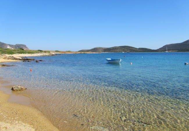 Antiparos-spiaggia-isola