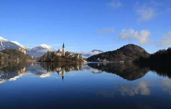 lago-bled-slovenia-estate