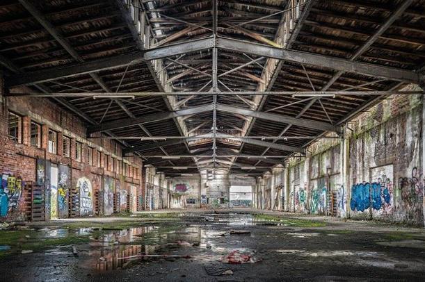 fabbrica-abbandonata-degrado