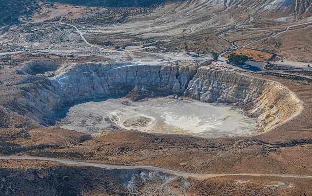 nisyros-grecia-vulcano
