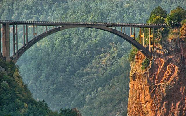 Tara-Montenegro-ponte