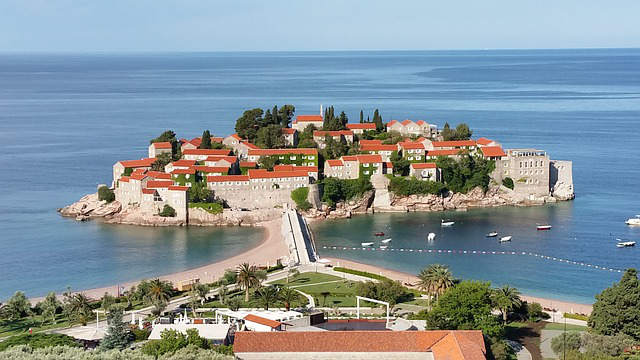 montenegro-santo-stefano-isola